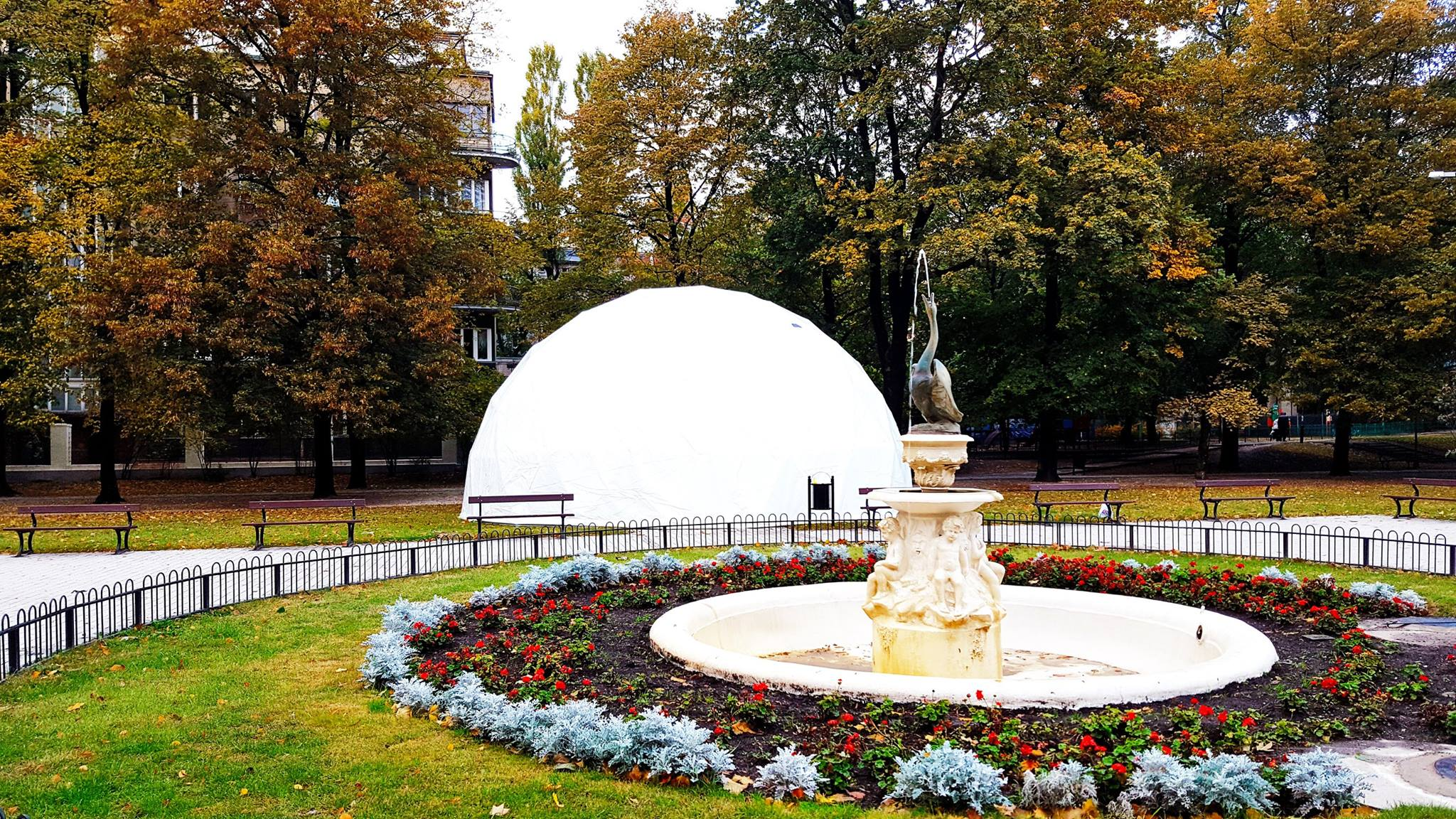 Ø11м Переносной купол для LIGHT MOVE FESTIVAL | Kinetic Art, Лодзь, Польша