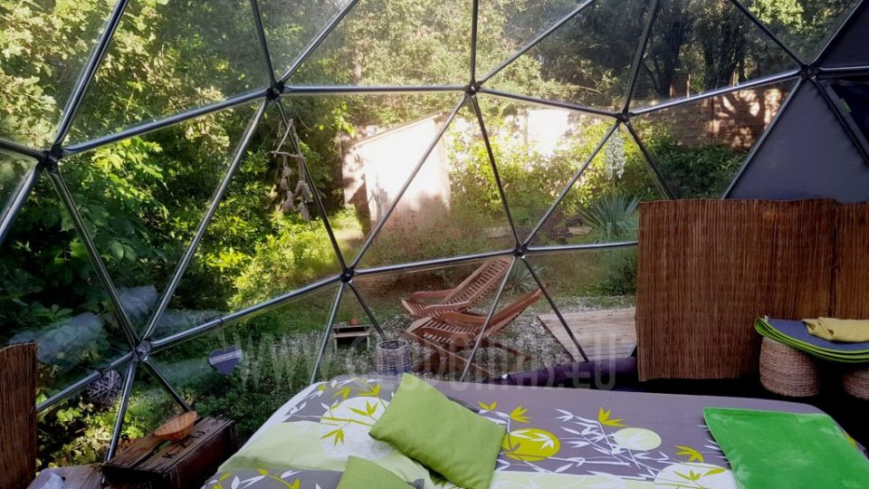 geodomas_Geodesic_domes_Maisons_Bulles_41