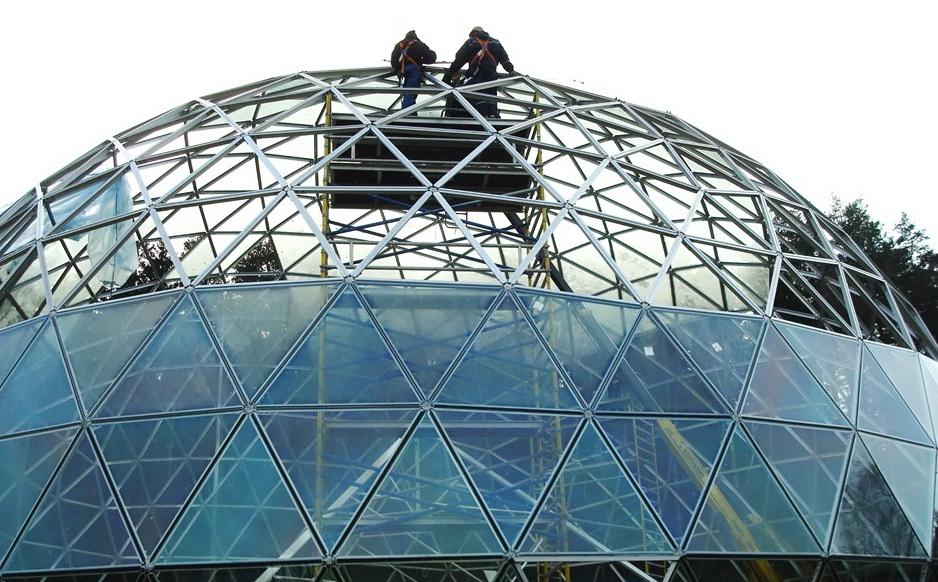 Ø15м Купол из геодезического стекла защитит ваш дом